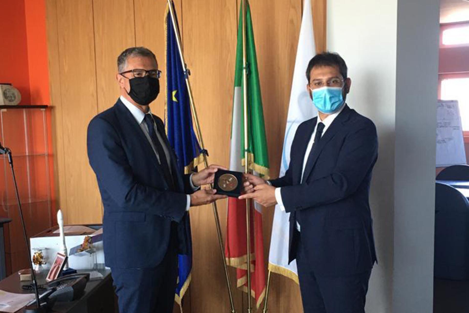 ASI - Il sottosegretario alla Difesa, Angelo Tofalo, in visita in ASI