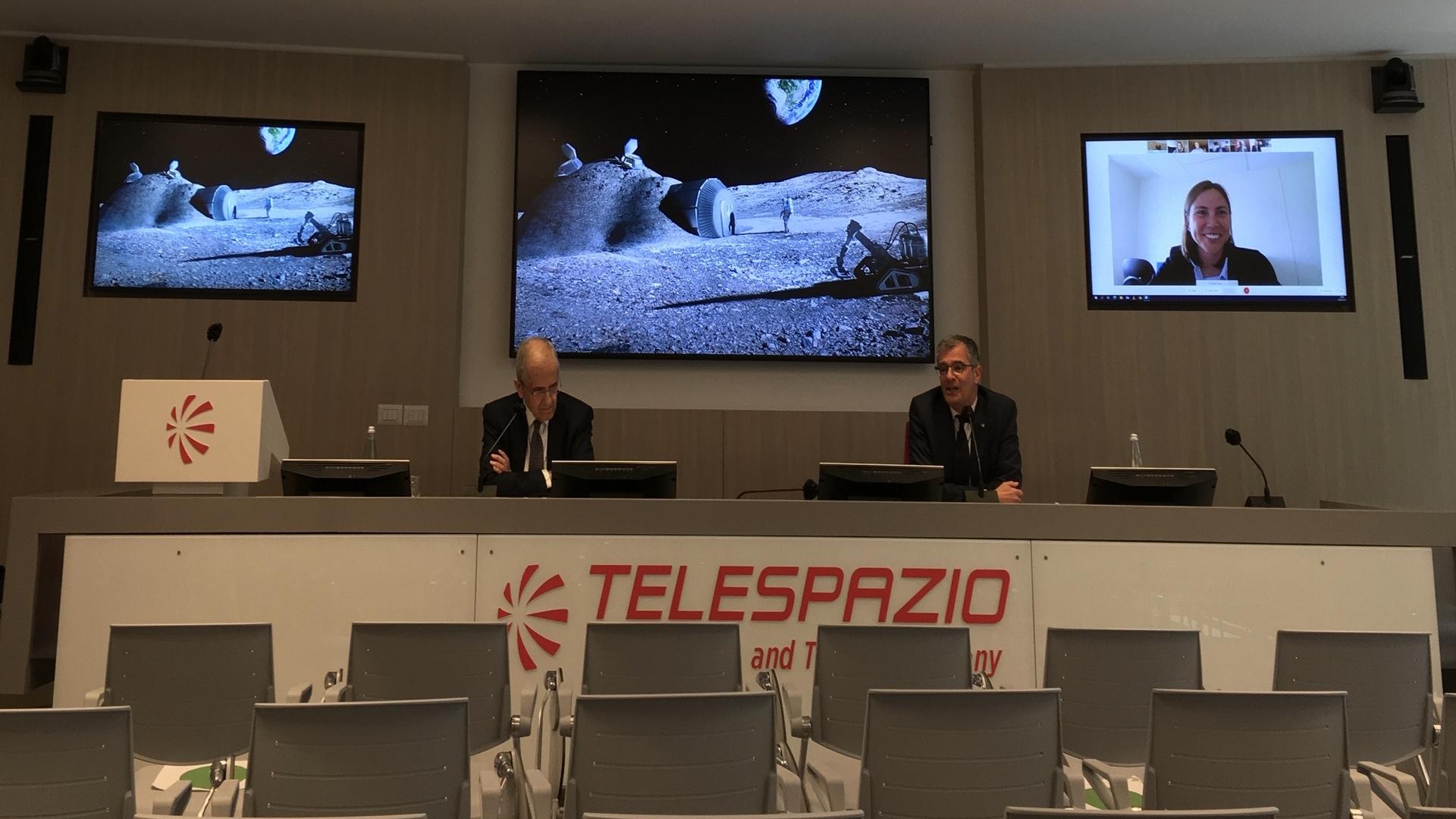 ASI - L'ESA porta avanti il progetto sulla costellazione di satelliti lunari