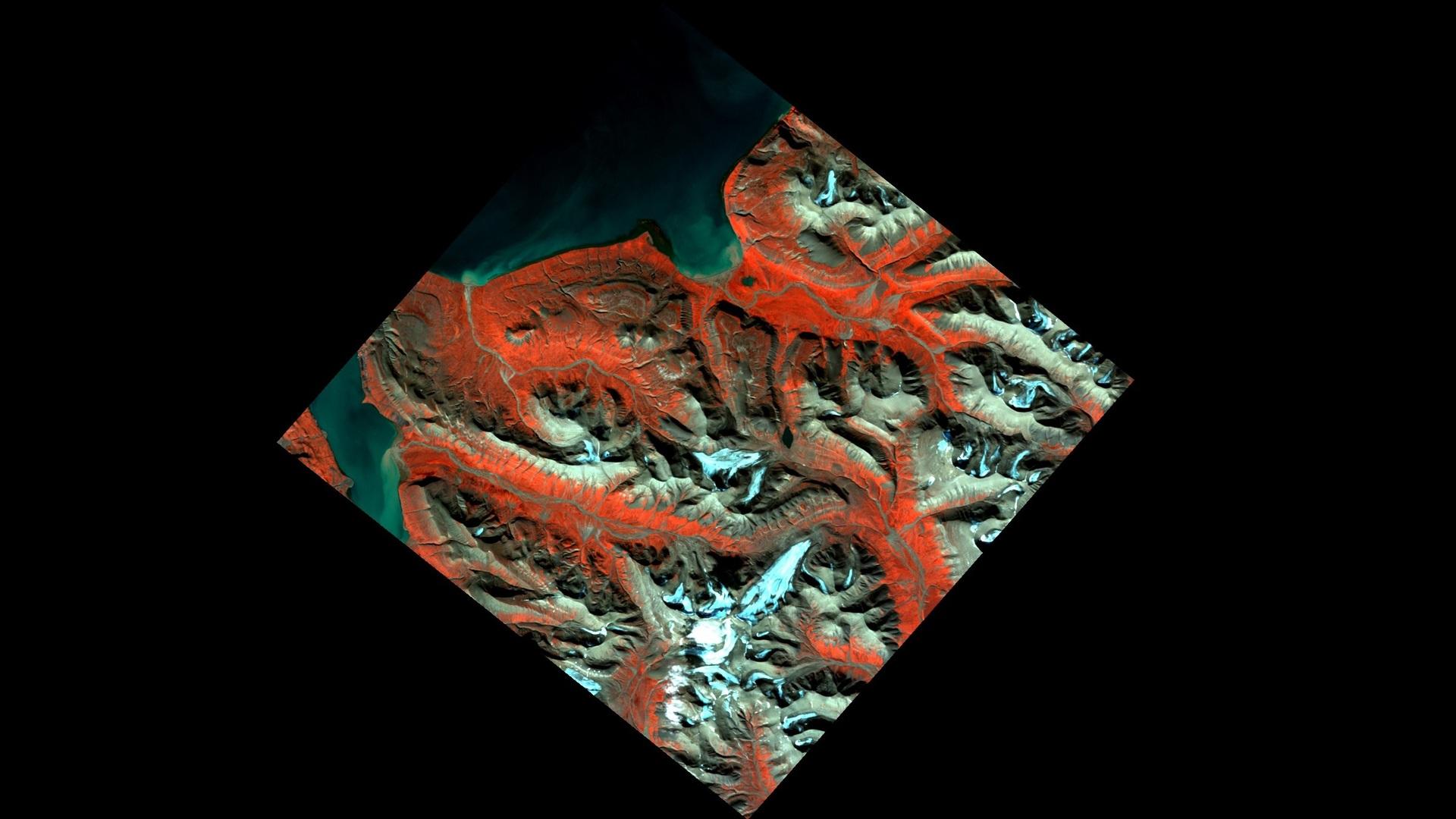 ASI - PRISMA osserva Barentsburg