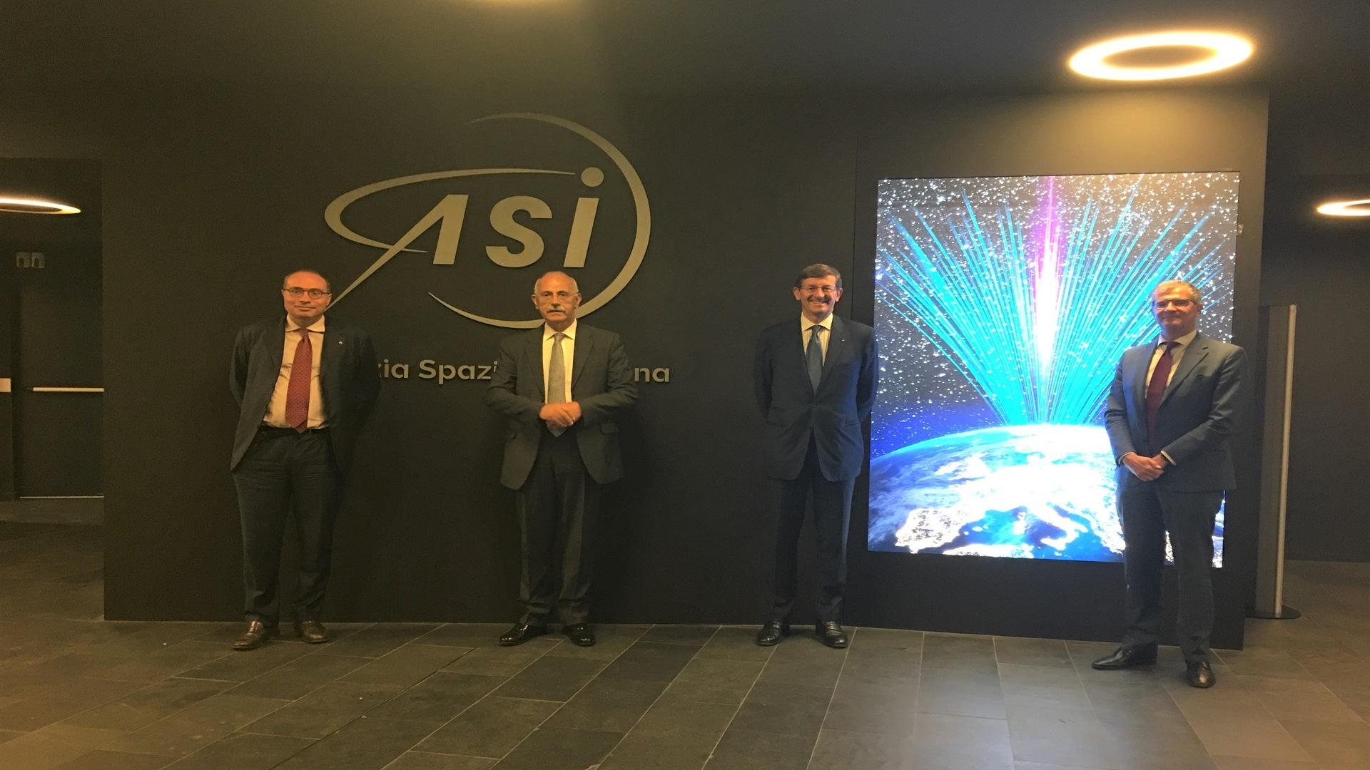 ASI - Vittorio Colao, Ministro per l'innovazione tecnologica e la transizione digitale con delega alle politiche spaziali e aerospaziali in visita all'Agenzia Spaziale Italiana